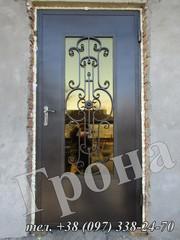 Металлические двери,  бронированные двери,  входные двери,  со стеклом